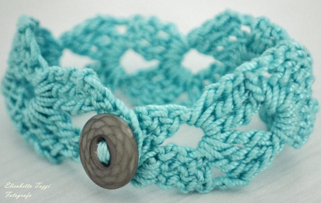 crochet bracelet fotografia blu