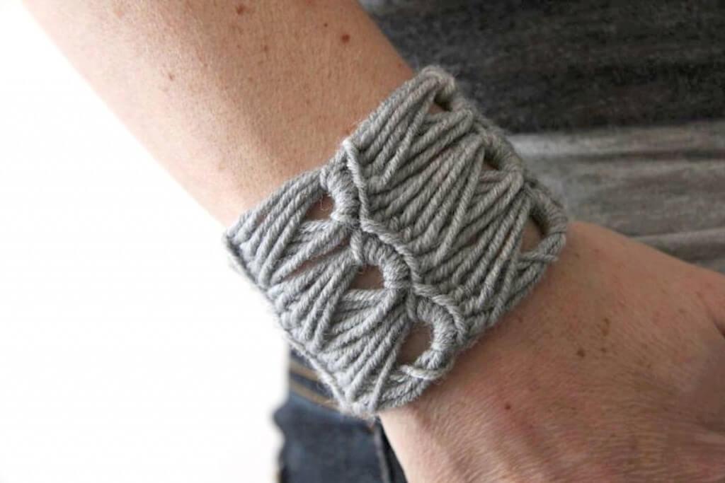 crochet_broomstick